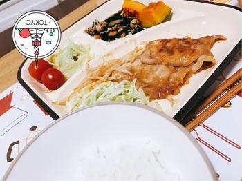 アキコの作った夕食.jpg